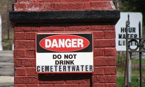 Cemetarywater(angelaJ)