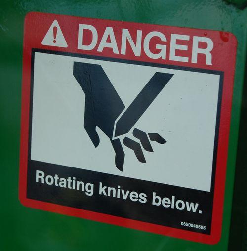 Rotatingknives(AmyO)