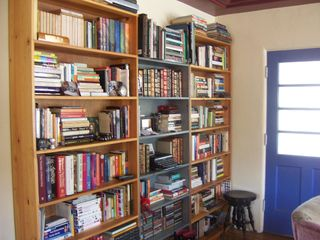 Cleanbookshelves