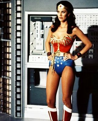 Lynda_carter_gallery_12